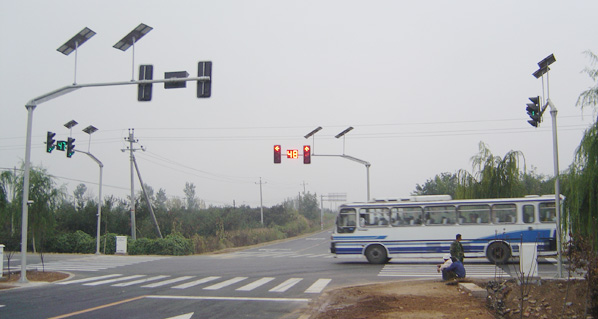 HD205A太阳能无线通讯式交通信号控制系统